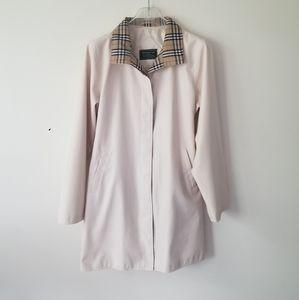 Burberry jacket light coat sz Small Medium